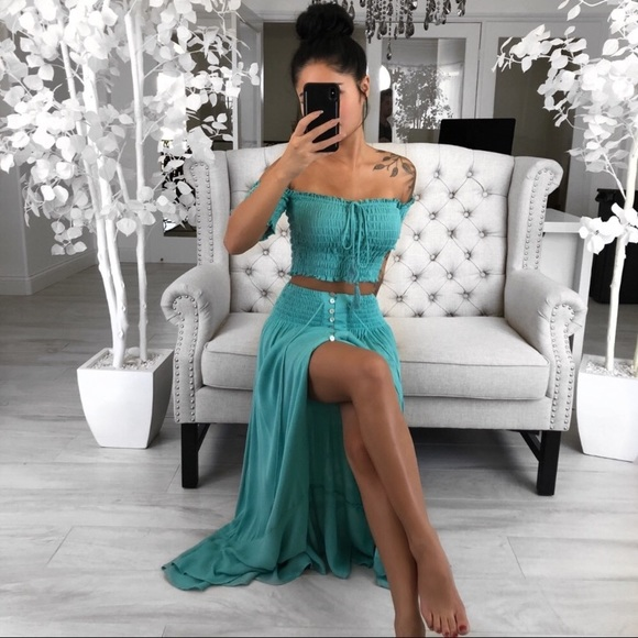 ekattire Dresses & Skirts - NWOT 2pc Skirt Set